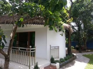 Rose Villa Bungalow with Garden View, Pool & Wifi - Sihanoukville vacation rentals