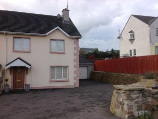 Nice House with Balcony and Central Heating - Kinlough vacation rentals
