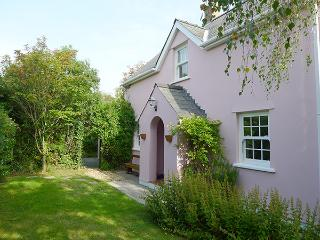 Holiday Cottage - Hawthorne Cottage, East Williamston - Begelly vacation rentals