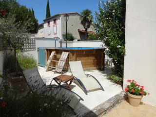 Perfect House in Carcassonne with Internet Access, sleeps 6 - Carcassonne vacation rentals