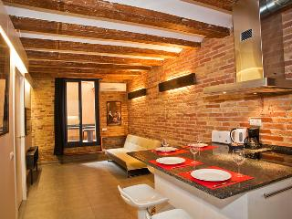 Art Gallery Apartment! (Ent) - Barcelona vacation rentals