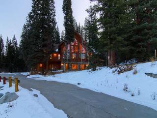 White Bear Lodge - 5 bdrm, hot tub, small stream - Breckenridge vacation rentals