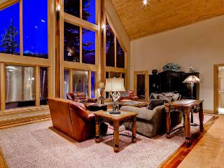 White Bear Lodge - Private hot tub, pool table! - Breckenridge vacation rentals