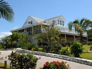 Charming 5 bedroom Eleuthera House with Deck - Eleuthera vacation rentals