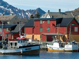 Fishermans hut, Stamsund in Lofoten - Farstad vacation rentals
