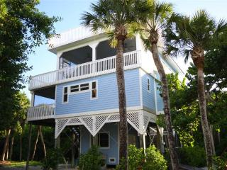 Bright House with Deck and A/C - Captiva Island vacation rentals