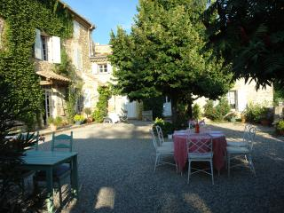 300 year old stone country home in Provence - Condorcet vacation rentals