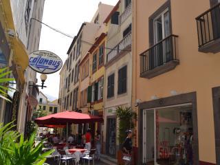 Central Studio in Funchal 1N - Funchal vacation rentals