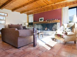 Comfortable Chalet with A/C and Garage - Vielha vacation rentals