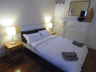 Park House 2km from CBD - Sleep 6 - South Melbourne vacation rentals