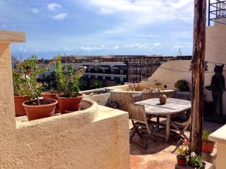 Perfect Condo with Internet Access and A/C - Playa del Carmen vacation rentals