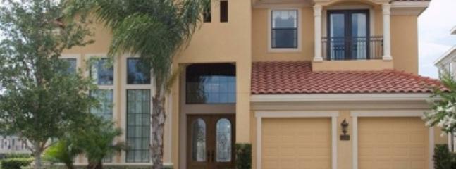Stunning 6 Bedroom Villa in Kissimmee - Image 1 - Kissimmee - rentals