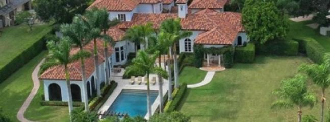 Exceptional 5 Bedroom Home in West Palm Beach - West Palm Beach vacation rentals