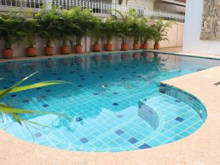 4 Beds Naklua Villa - Close to Wongamat Beach - Pattaya vacation rentals