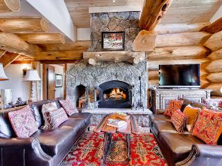 Bear Creek Cabin -Great views, hot tub, pool table - Breckenridge vacation rentals