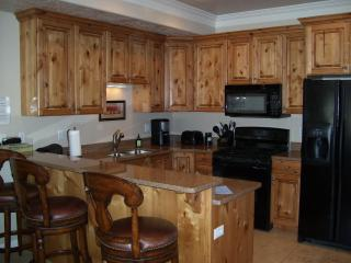 Lakefront Complex - Hot Tub - Free Night Stay!! - Huntsville vacation rentals