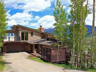 Minutes to 5 Summit County Resorts, Amazing Views! - Silverthorne vacation rentals