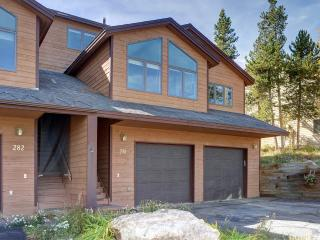 4 Bedroom with Private Hot Tub - Silverthorne vacation rentals