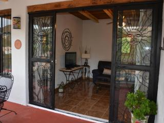 CASA DE LA PAZ- Casita Escondida - Guanajuato vacation rentals