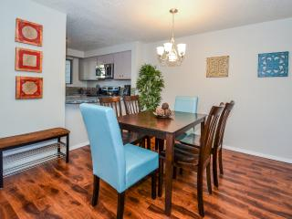Walk to River and Bown Crossing, Awesome SE Boise! - Boise vacation rentals