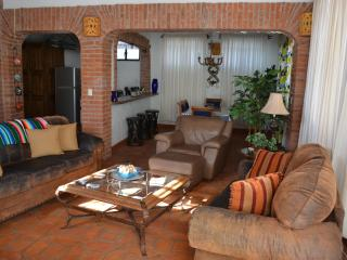 Comfortable House with Internet Access and Mountain Views - Guanajuato vacation rentals