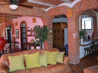 Comfortable House with Internet Access and Satellite Or Cable TV - Guanajuato vacation rentals