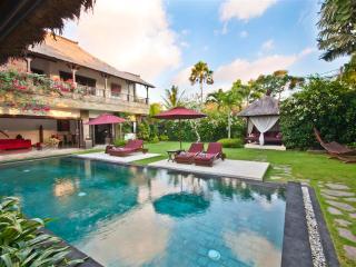 Villa Blubambu Superior B&B Guesthouse. - Seminyak vacation rentals