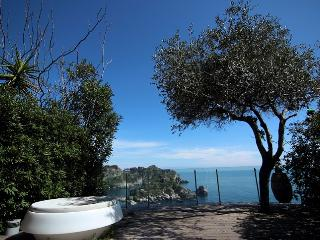 Araba - Taormina vacation rentals