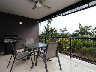 1 bedroom Apartment with A/C in Hamilton Island - Hamilton Island vacation rentals