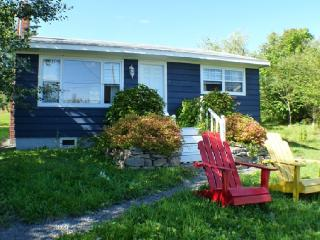 Delightful Cottage in Central Baddeck - Cape Breton Island vacation rentals