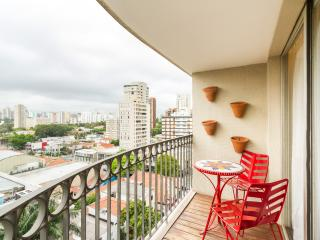 Charming 1 Bedroom Apartment in Moema - Sao Paulo vacation rentals