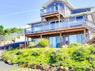 Lincoln Beach Retreat - Depoe Bay vacation rentals