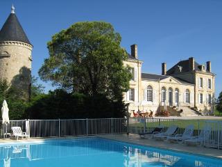 Château La France - Beychac-et-Caillau vacation rentals