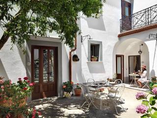 La Dimora - Pontone vacation rentals