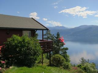 Bungalow with stunning fjord view - Kvam vacation rentals