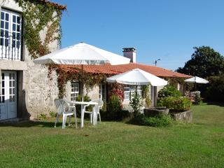 Casa da Breia - Casinha da Torre - Arcos de Valdevez vacation rentals