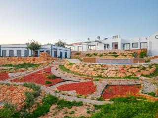 Between the mountains and the sea - Faro vacation rentals