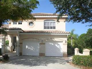 SW1-107 Spanish Wells Country Club - Picture Perfect 1st Floor Condo! - Bonita Springs vacation rentals
