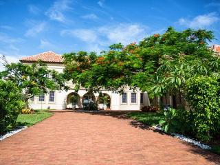 Magnificent 6 bedroom, three storey luxury villa-Large boat dock-Gym-Heated saltwater pool & spa - Saint James City vacation rentals
