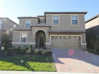 Beautiful Championsgate villa- 9 bedrooms- Oversized South West facing pool& Spa- Games room - Loughman vacation rentals