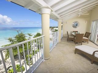 Amazing 3 Bed Beachfront Condo with Ocean Views - Dover vacation rentals