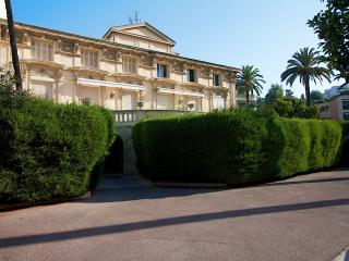 Residence St Charles: Studio with private garden - Cannes vacation rentals