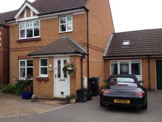 Detached persimmon home, quiet culdesac,hamble - Southampton vacation rentals