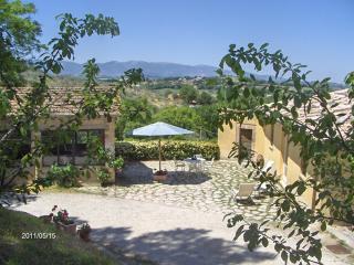 La Licina -Tartufo- La tua casa in campagna - Spoleto vacation rentals