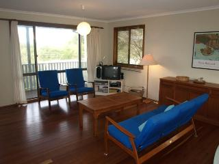 4 bedroom House with Television in Hawks Nest - Hawks Nest vacation rentals