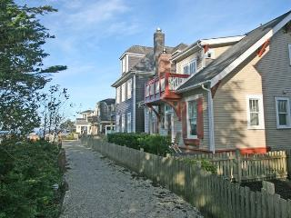 Coyote Cottage with carriage house - Pacific Beach vacation rentals