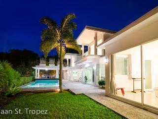 Baan St. Tropez Phuket 4 bed room - Karon vacation rentals