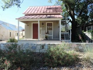 Lovely House with Internet Access and Satellite Or Cable TV - Fredericksburg vacation rentals
