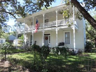 Southern Comfort - Fredericksburg vacation rentals