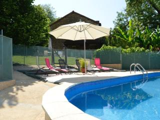 Charming 3 bedroom Thiviers House with Internet Access - Thiviers vacation rentals
